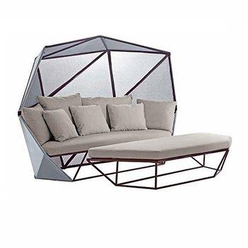 Giardino post wedding mammachevita - Facciamo saltare i bulloni a questo divano ...
